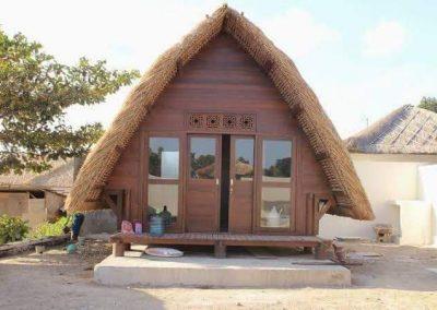 Rumah segitiga (3)